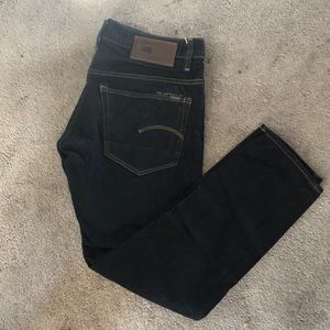 Men's G-star Raw 3301 Dark Aged Tapered Jeans.